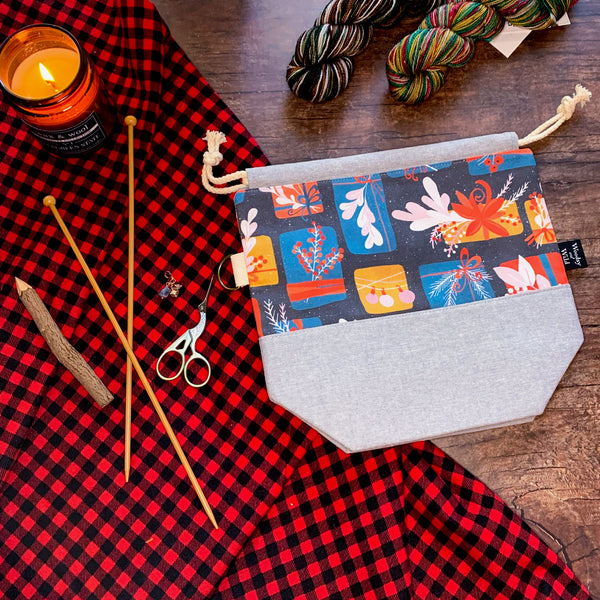 *Wrapped With Care*  Zippered Knitting Project Bag