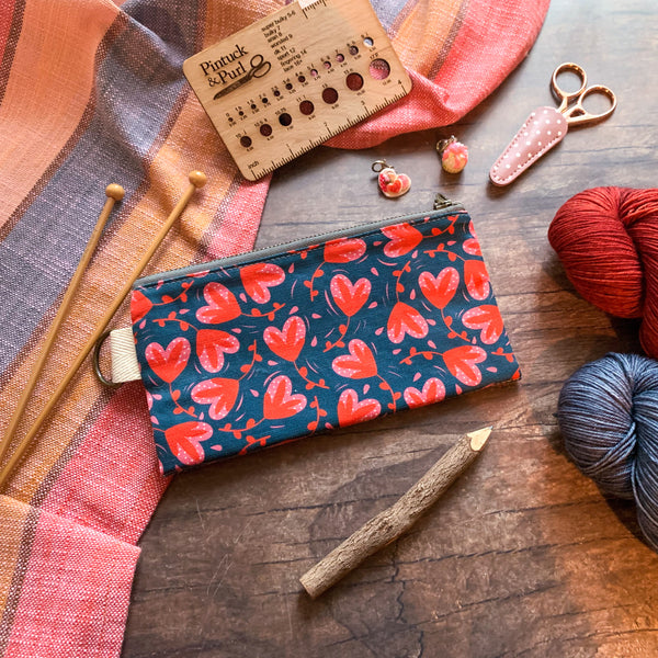 *Blooming Hearts*  Zippered Knitting Project Bag- *Ready to Ship*