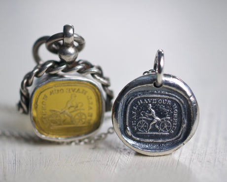 dandy horse wax seal necklace
