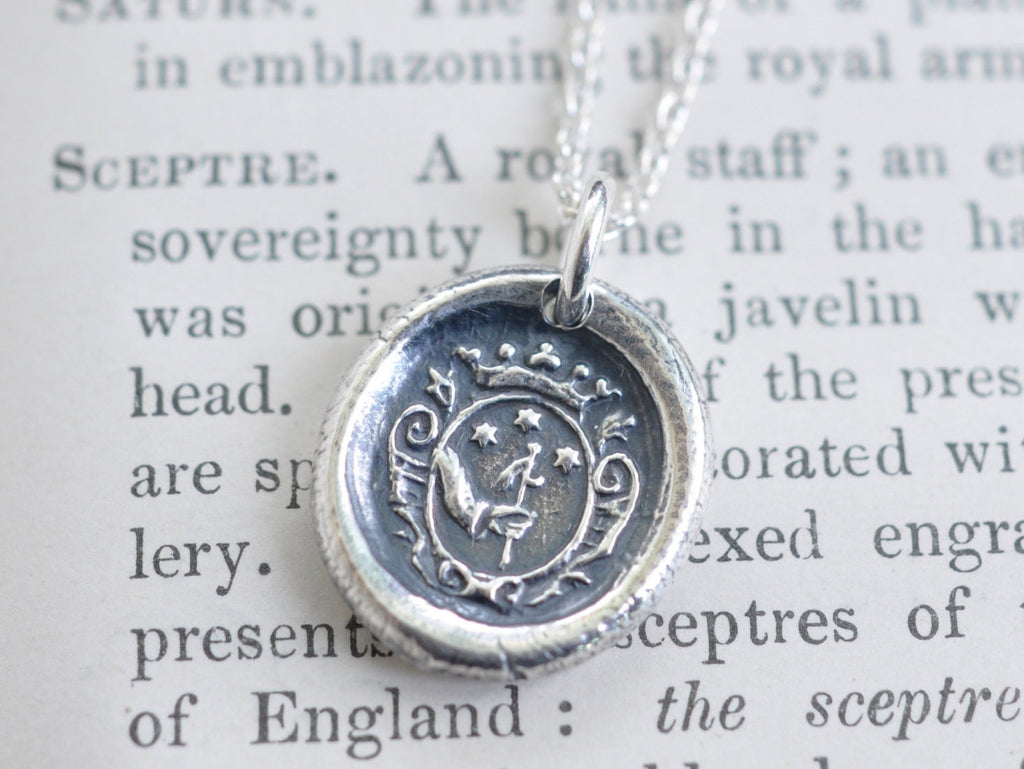 3 stars wax seal necklace