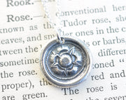tudor rose necklace