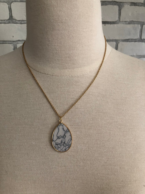 Shelly necklace