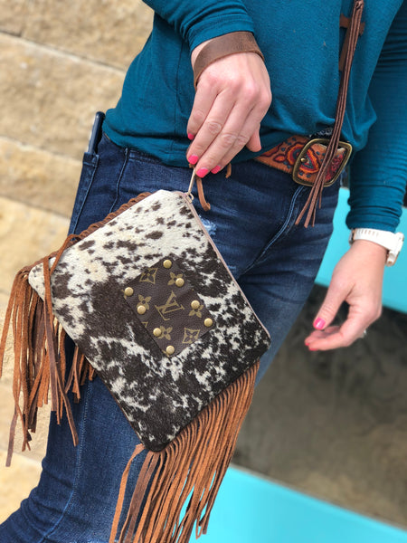 Leather Fringe Hide Wrsitlet