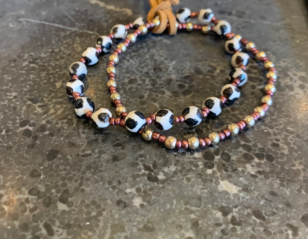 Set 2 stretch bracelets