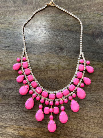 Minnie Bold Necklace
