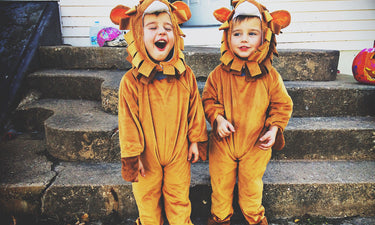 toddlers-in-halloween-costumes