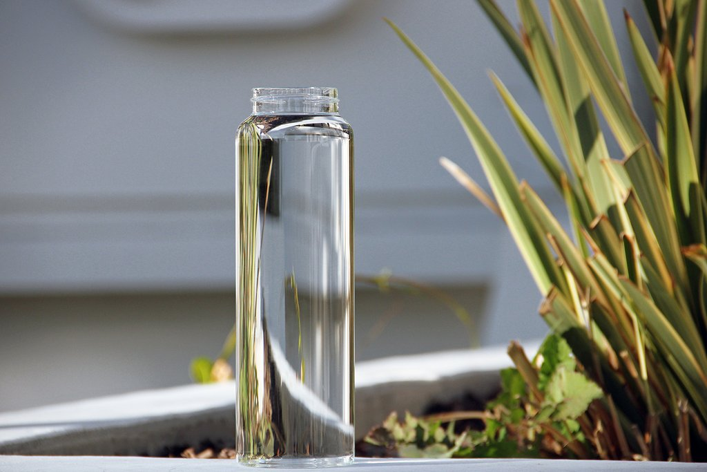 borosilicate glass water bottle