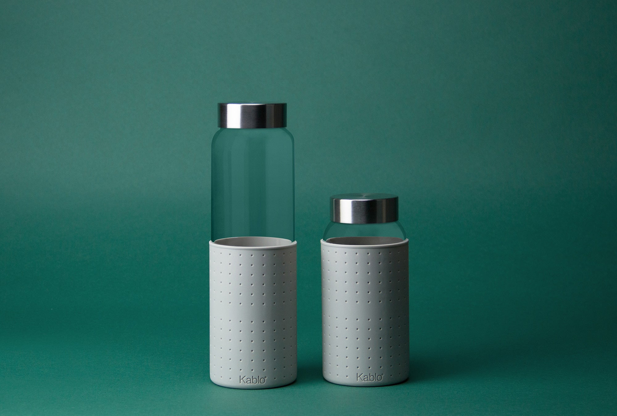 glass water bottle with sleeve
