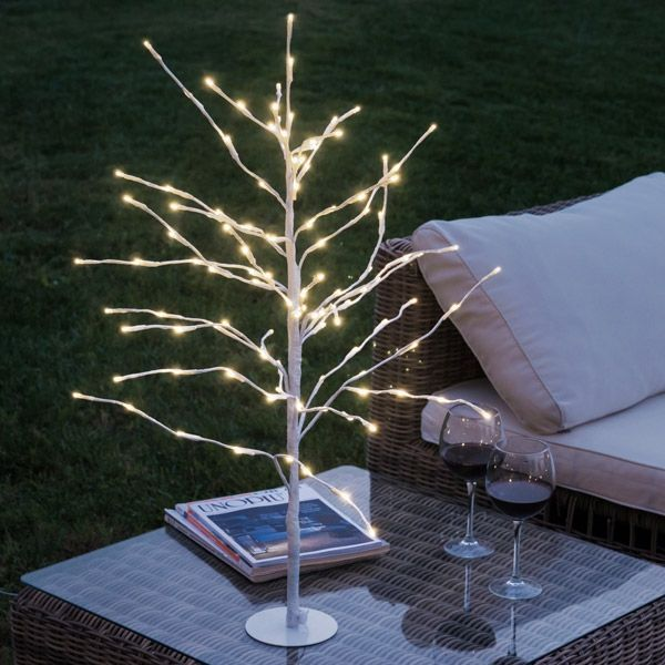 SNOW-COVERED DECORATIVE TREE (112 LED LIGHTS)