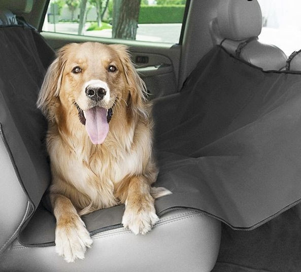 PROTECTIVE CAR MAT FOR PETS