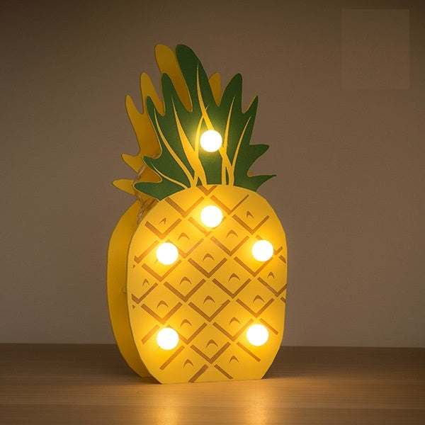DECORATIVE WOODEN PINEAPPLE (6 LED)