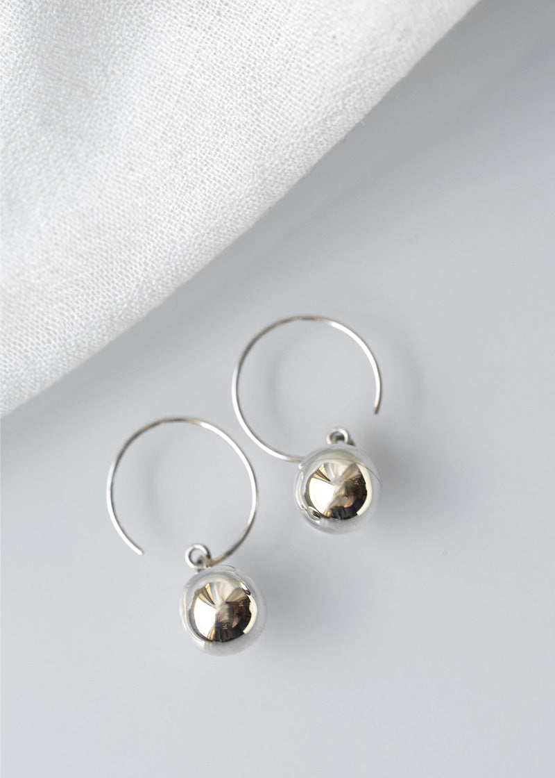 Ball Wire Earrings Silver