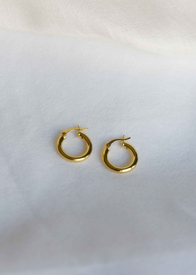 18k gold hoop earrings, gold medium hoops