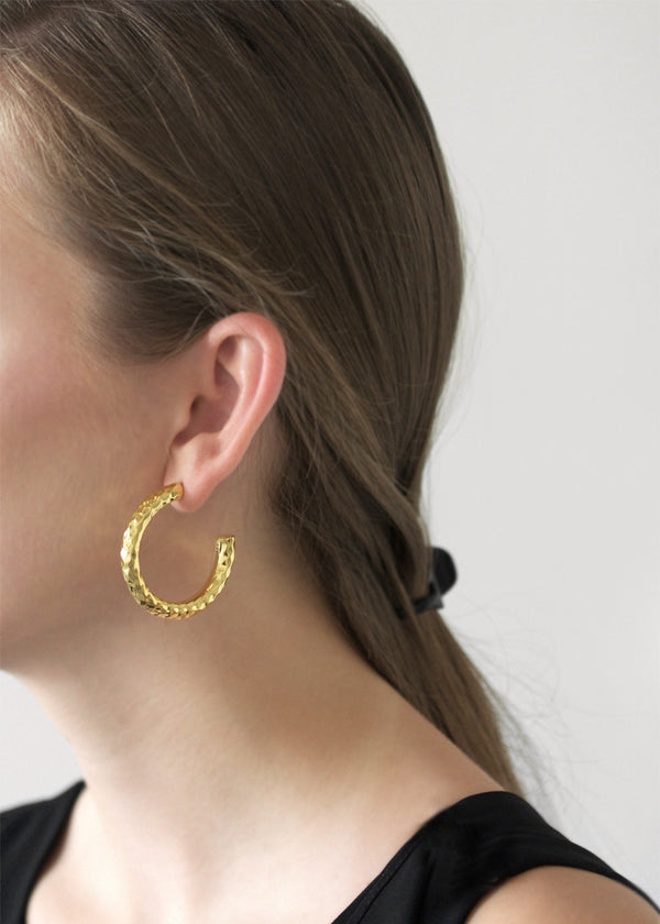 hammered hoops earrings - gold