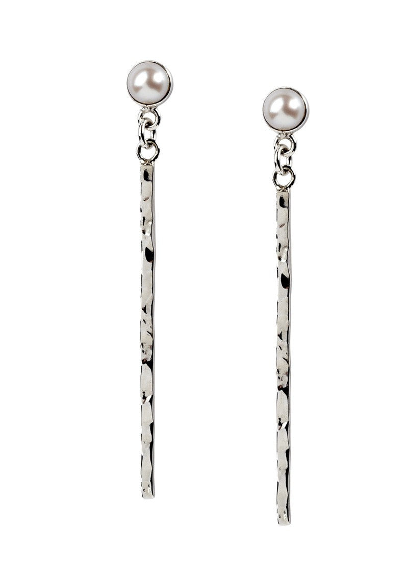 Pearl & Hammered Line Earrings