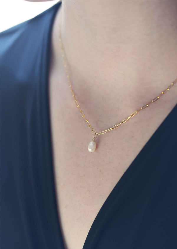 Pearl Drop Necklace Gold