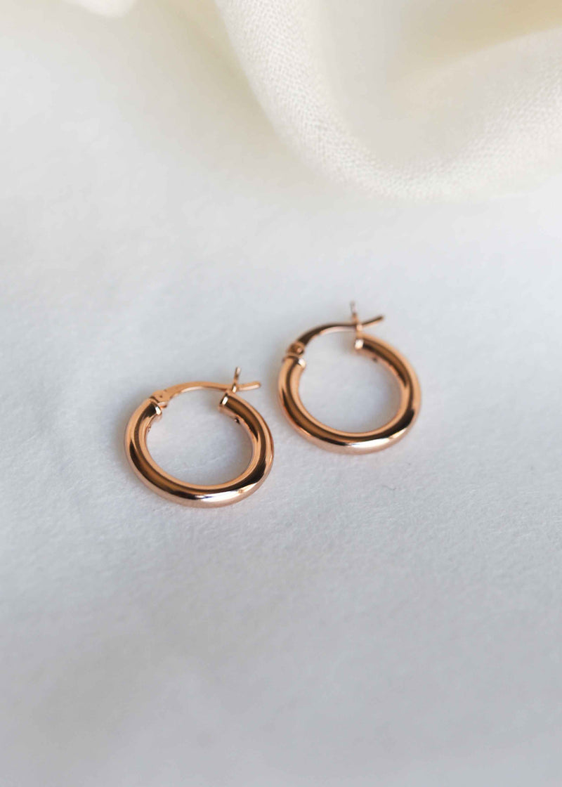 rose gold hoop earrings, rose gold huggies