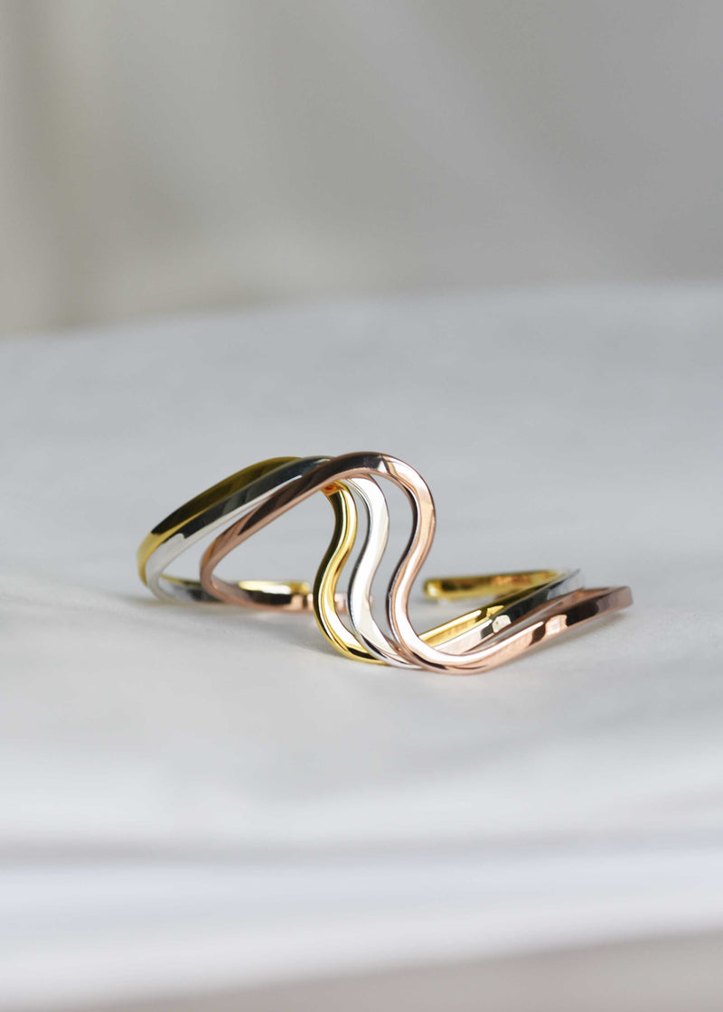 Statement curve bracelet