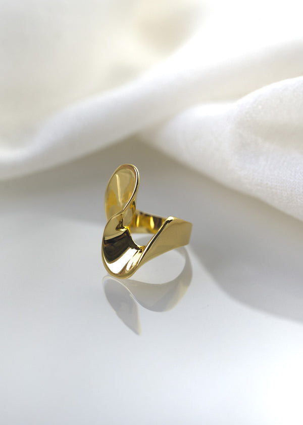 wave ring in gold vermeil
