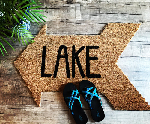 Lake arrow doormat