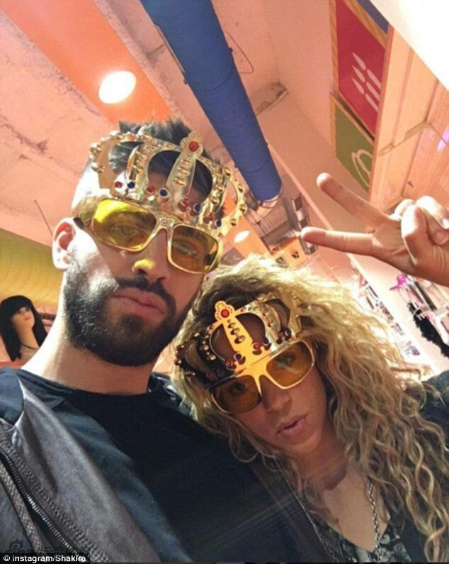 7e2e45298bf ... Beautiful Crown with Jewel Hen Party Costume Glasses Electroplating  Sunglasses for Birthday Gift Party Supplies Decoration ...