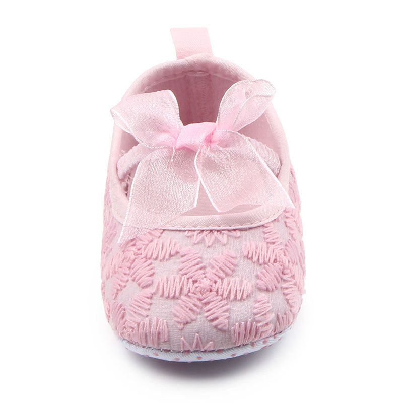 ... New Cute Baby Shoes First Walkers Girls Prewalkers Toddlers Hot Fashion  Floral Flower Newborn Bowknot Lace ... 96299f1b7b3b