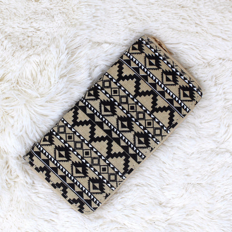 CANVAS TRIBAL PRINT CLUTCH WALLET