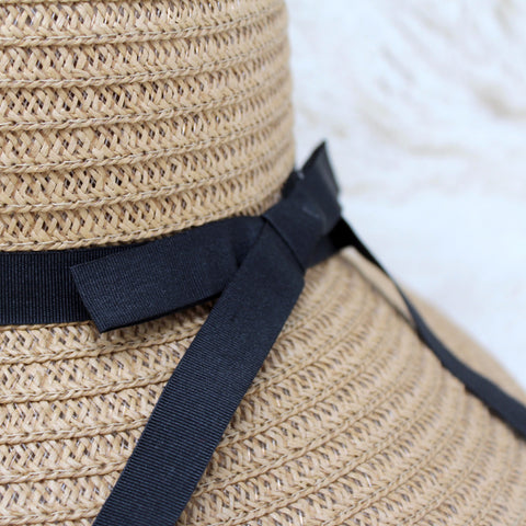 MEDIUM BRIM STRAW SUN HAT