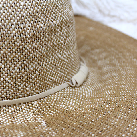 LARGE BRIM STRAW SUN HAT
