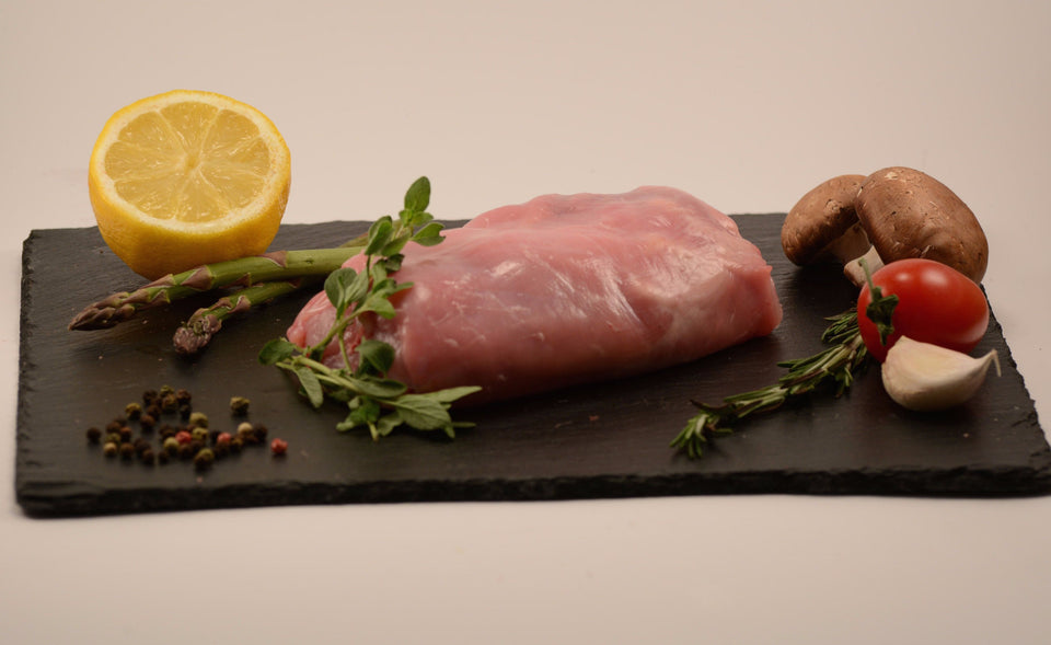 Rable de lapin désossée / Boneless saddle of rabbit - 3.98$/100 g - vendu en +ou- 250g à 350g (environ 9.95$ à 13.93$)