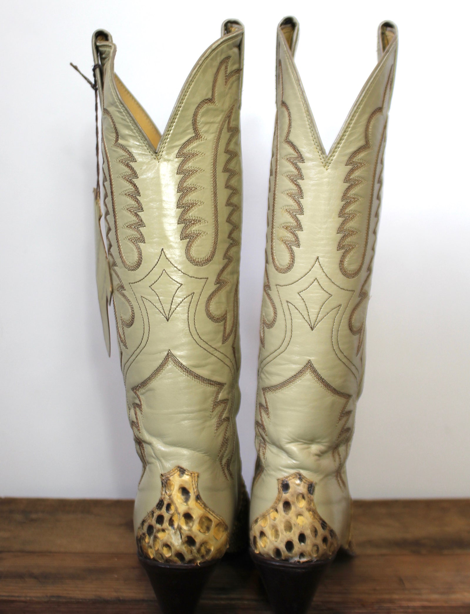 Vintage Women's Justin Deadstock Python Cowboy Boots Size 5B
