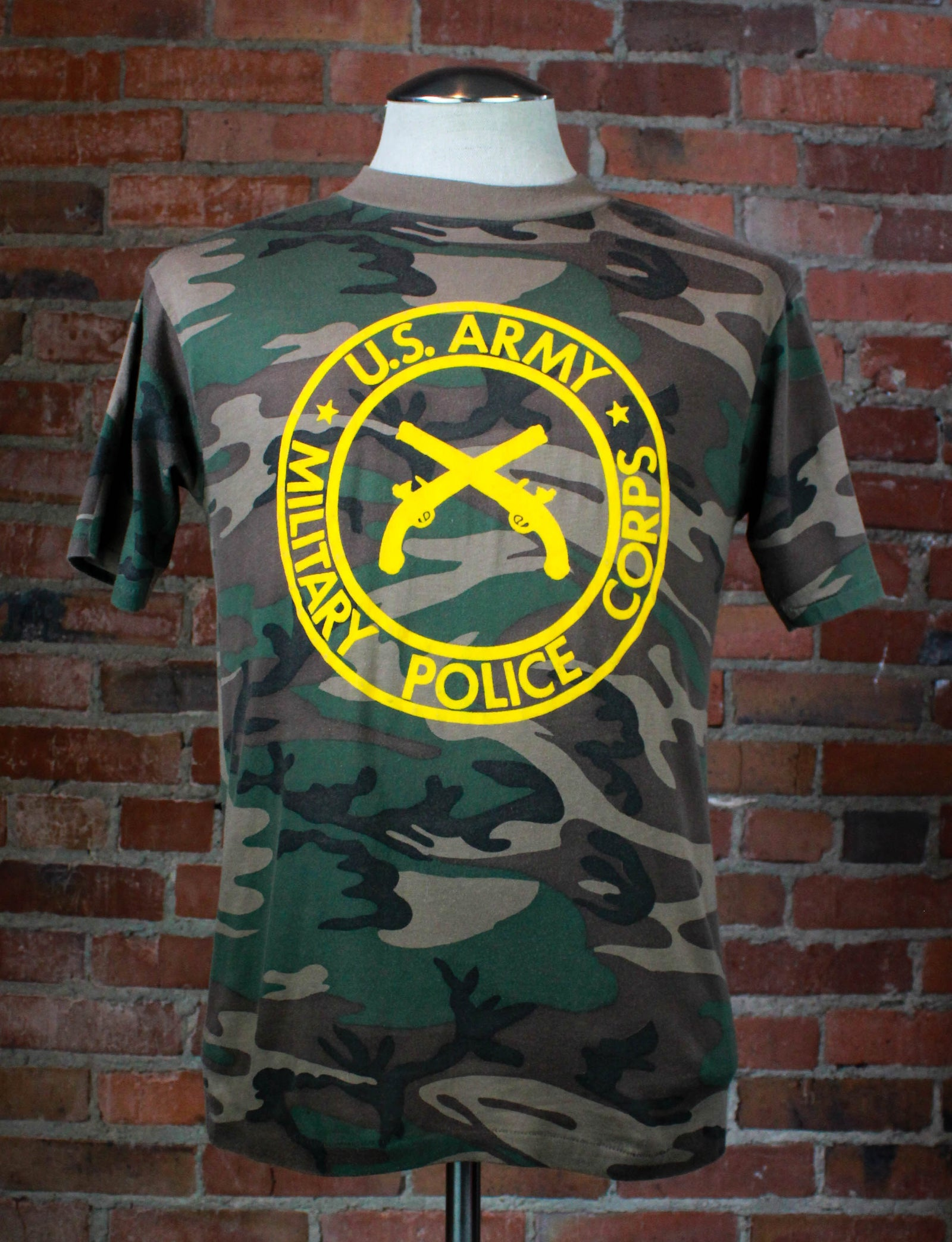 Vintage 80's US Army Military Police Corp Graphic T Shirt Camouflage Unisex Medium