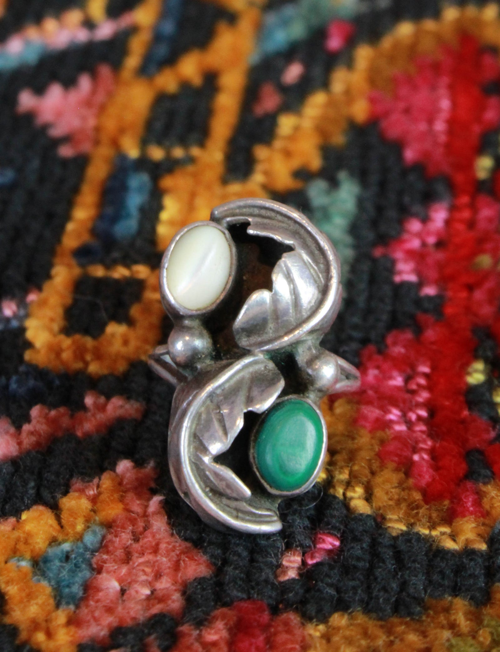 Vintage Jade And Mother of Pearl Silver Ring Size 4
