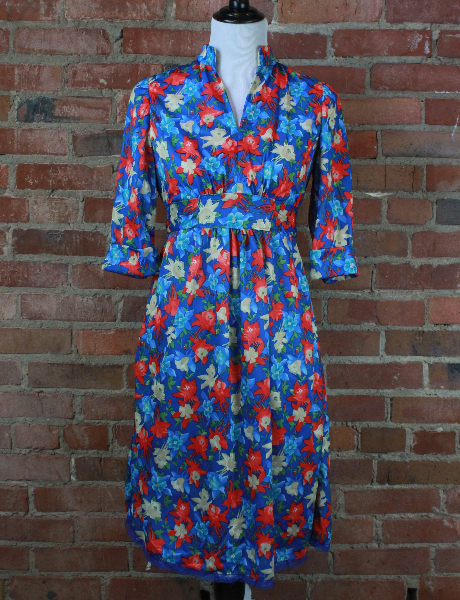 Women's Vintage 70's Blue Floral Dress - Medium