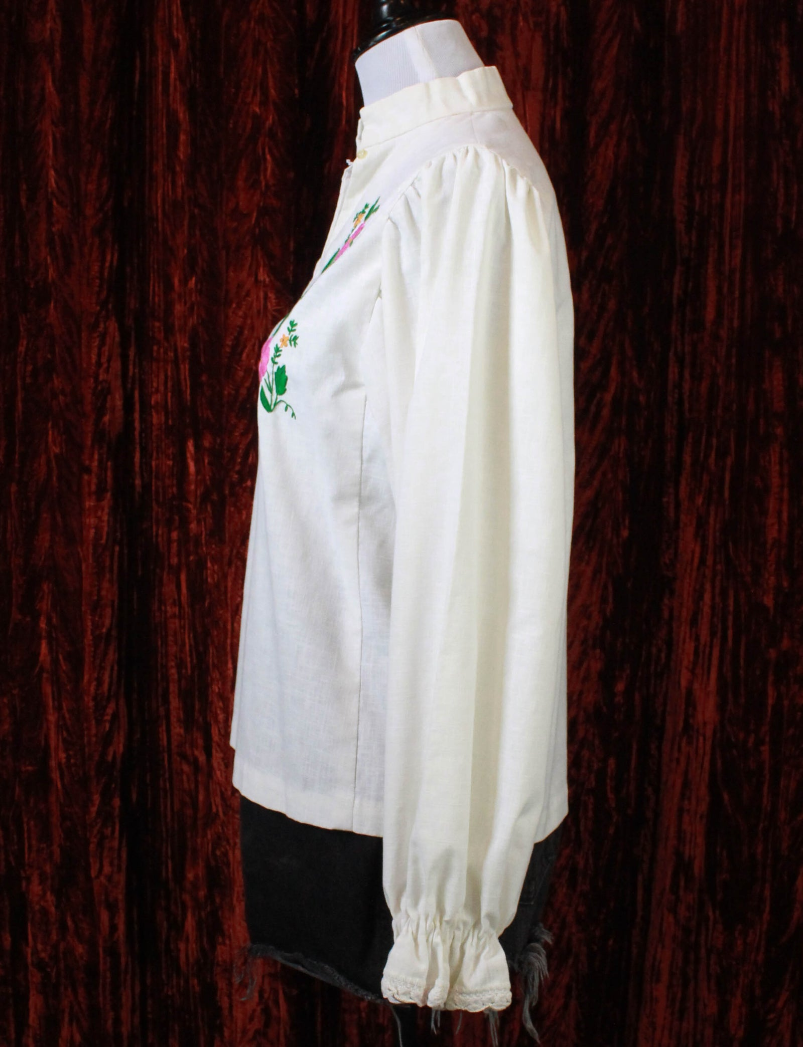 Women's Vintage 70's Embroidered White Linen Peasant Top - S/M