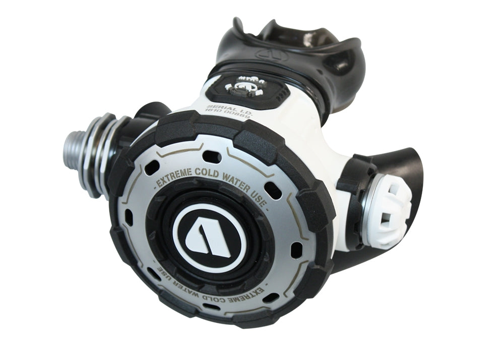 Apeks MTX-R regulator set