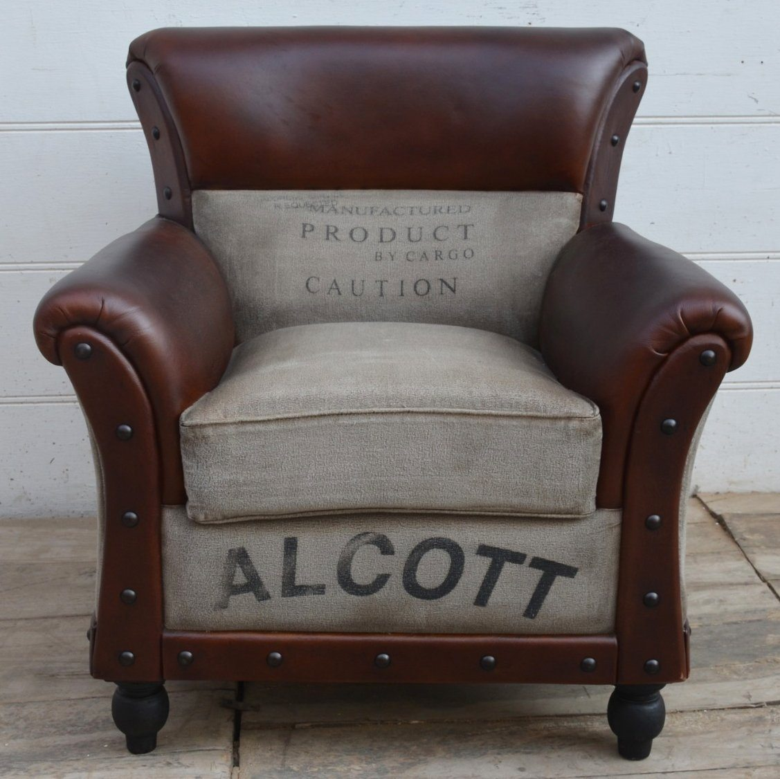 ALCOTT LARGE VINTAGE ARM CHAIR Philbee Interiors