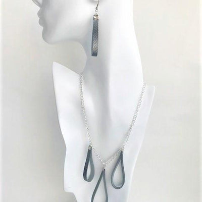 Droplet necklace and earrings