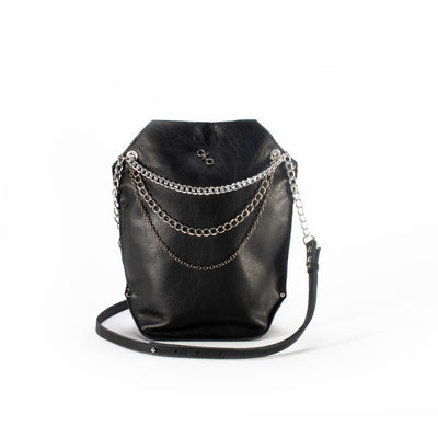 """Urban Chic"" shoulder bag with chains"