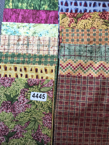 FAT QUARTERS 13 Total - (#4445)