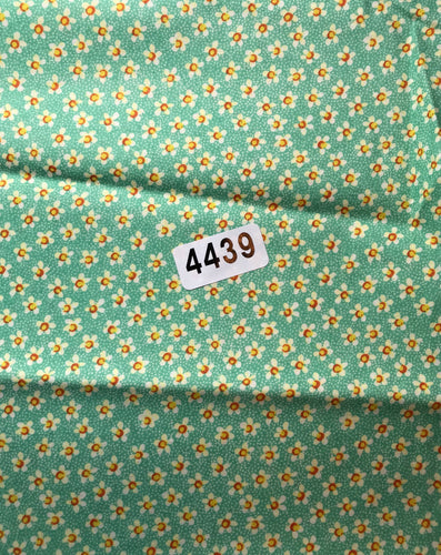 GREEN FLOWER FABRIC - (#4439)