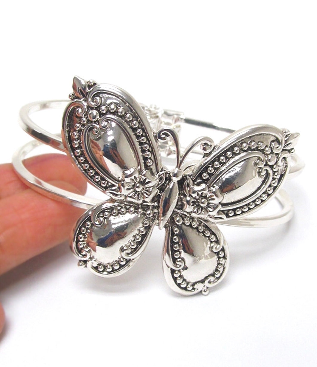 SPOON TEXTURED BANGLE - BUTTERFLY (1570)