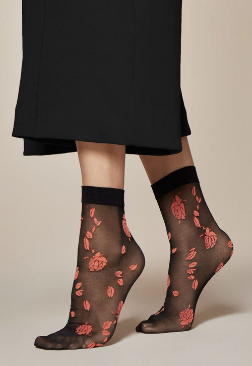 Ciambelle Roses Patterned Sheer Socks by Fiore in Black/Pink Red