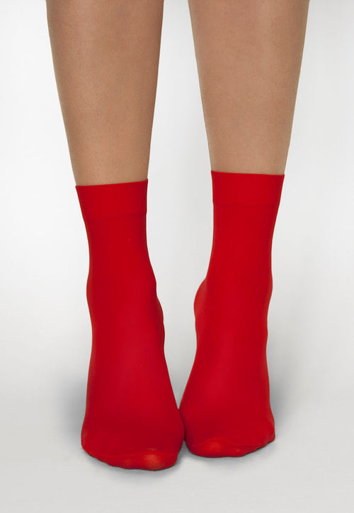 Katrin 40 Denier Opaque Ankle Socks in Rosso Red