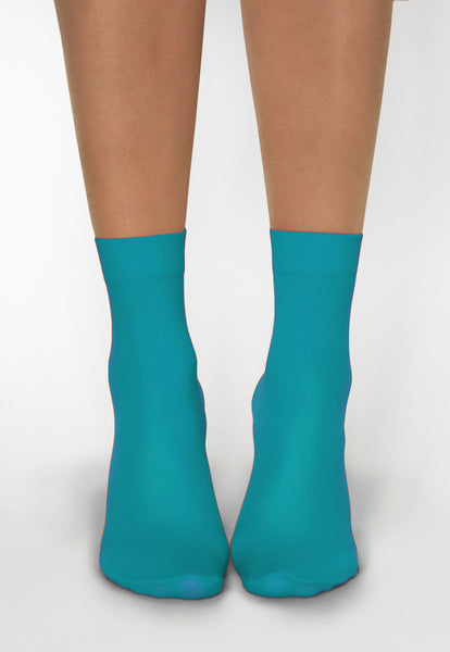 Katrin 40 Denier Opaque Ankle Socks in Turquoise Blue