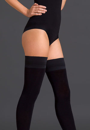 Alva 80 Den Matte Opaque Hold-Ups by Gabriella in black