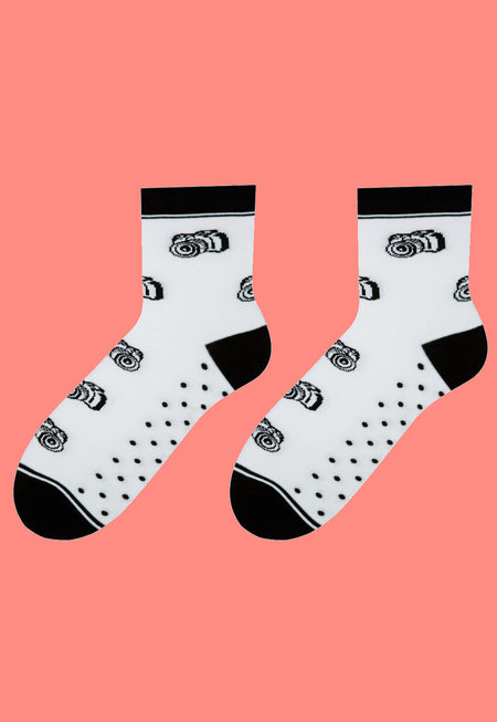 Leopard Patterned Socks in Light Grey by More