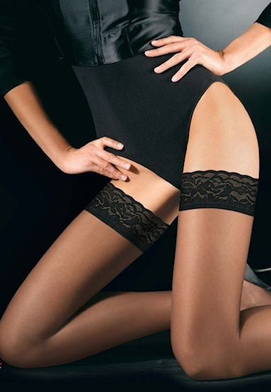 Chic Up 15 Denier Sheer Hold-Ups by Oroblu