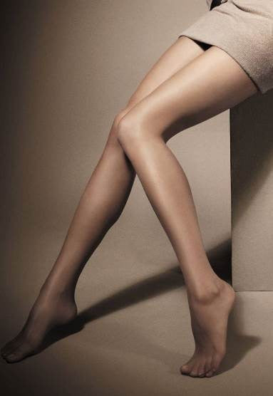 Glicine 12 Denier Ultra Sheer Matte Tights by Veneziana