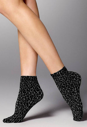 Leopardo Animal Patterned Opaque Socks by Veneziana in black grey